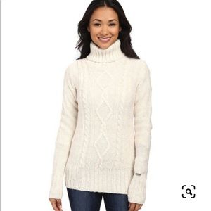 Columbia Hideaway Haven Cream Cable Knit Sweater